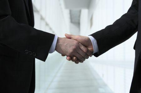 创业者应该如何与各类型投资人谈判?