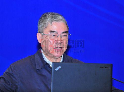 中国工程院院士邬贺铨:产业互联网会带来更大价值.jpg