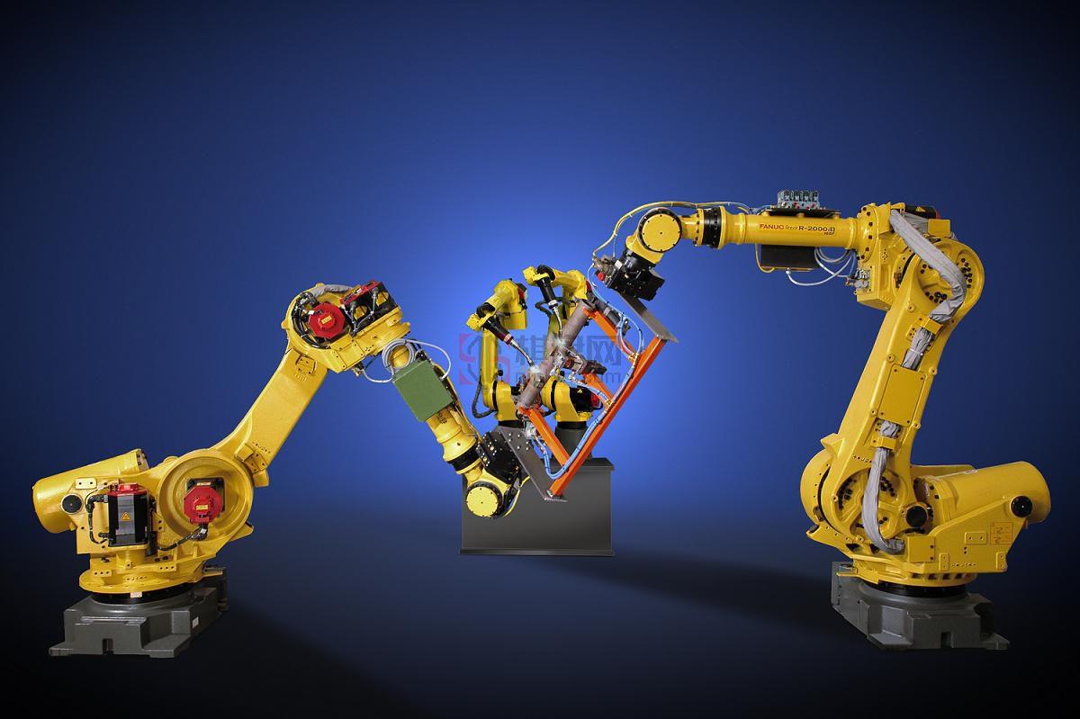 工业机器人发展迅猛 攻克两大拦路虎刻不容缓